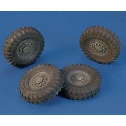 """Wheels """"Staghound"""" (1/35)"""