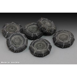 "Chained wheels ""M8/M20"" (1/35)"