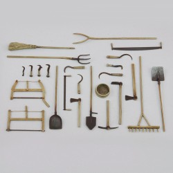 Assorted farm tools (1/35)