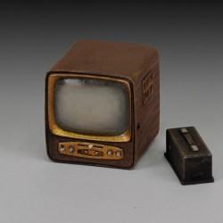 TV-1930/50 (1/35)