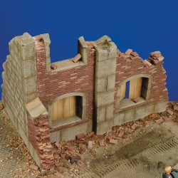 Barn ruin (1/35 Scale)