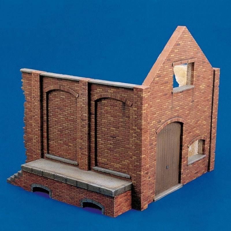 European storehouse ruin-Part 1 (1/35 Scale)