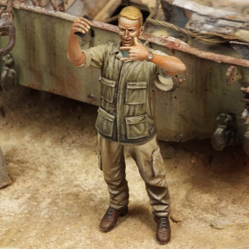 Selfie soldier