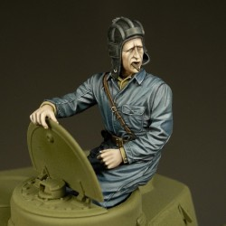 Russian tanker sitting in turret  (1/35)