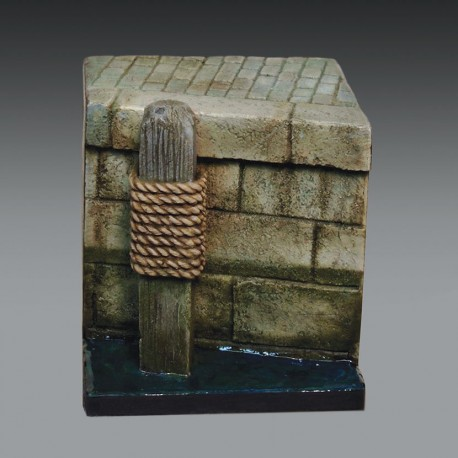 Stone dock section (1/35)