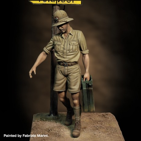 Italian soldier with jerry can (1/35 scale)