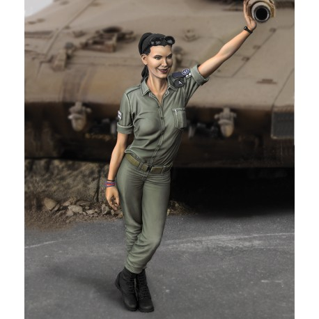 IDF woman soldier (1/35 scale)