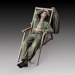 U.S. soldier who sleeps (1/35 scale)