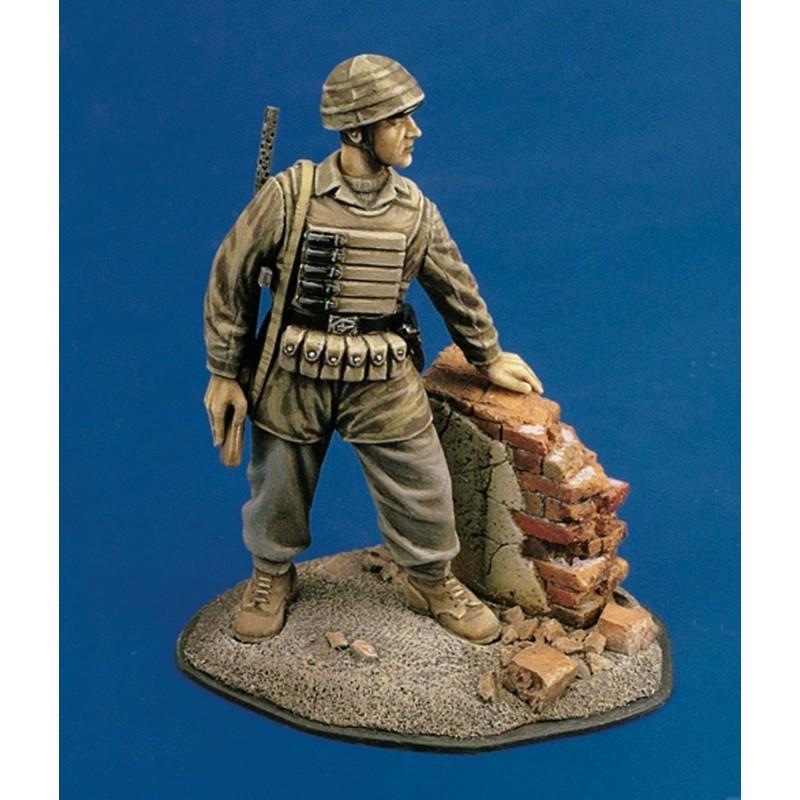 Italian paratrooper - WWII (1/35)