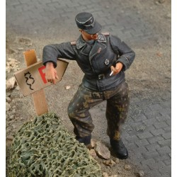 "SS Untersturmfuher ""Stoumont '44"" (1/35)"