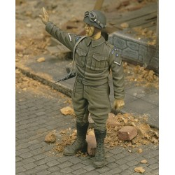 British MP Lance Corporal 15th Scottish Div. '44 (1/35)