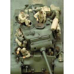 M 26 Pershing Crew - WWII  (1/35)