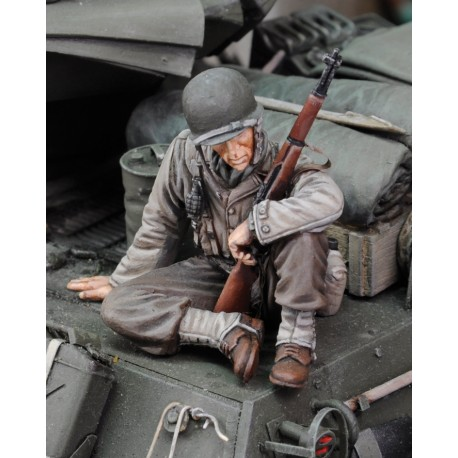U.S. Infantry at rest with rifle No.1 - WWII  (1/35)