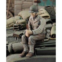 U.S. Infantry at rest with rifle No.2 - WWII  (1/35)